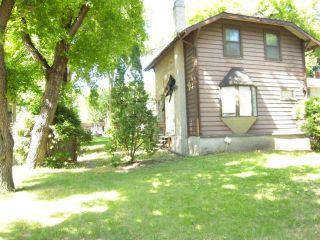 Photo 1: 913 Riverwood Avenue in WINNIPEG: Fort Garry / Whyte Ridge / St Norbert Residential for sale (South Winnipeg)  : MLS®# 1316895