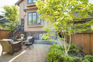 Photo 9: 531-533 E 11TH Avenue in Vancouver: Mount Pleasant VE 1/2 Duplex for sale (Vancouver East)  : MLS®# R2366074