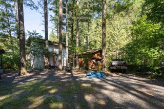 """Photo 16: 2000 MIDNIGHT Way in Squamish: Paradise Valley House for sale in """"PARADISE VALLEY"""" : MLS®# R2497632"""
