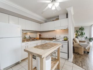 "Photo 8: 1002 3771 BARTLETT Court in Burnaby: Sullivan Heights Condo for sale in ""TIMBERLEA"" (Burnaby North)  : MLS®# R2065631"