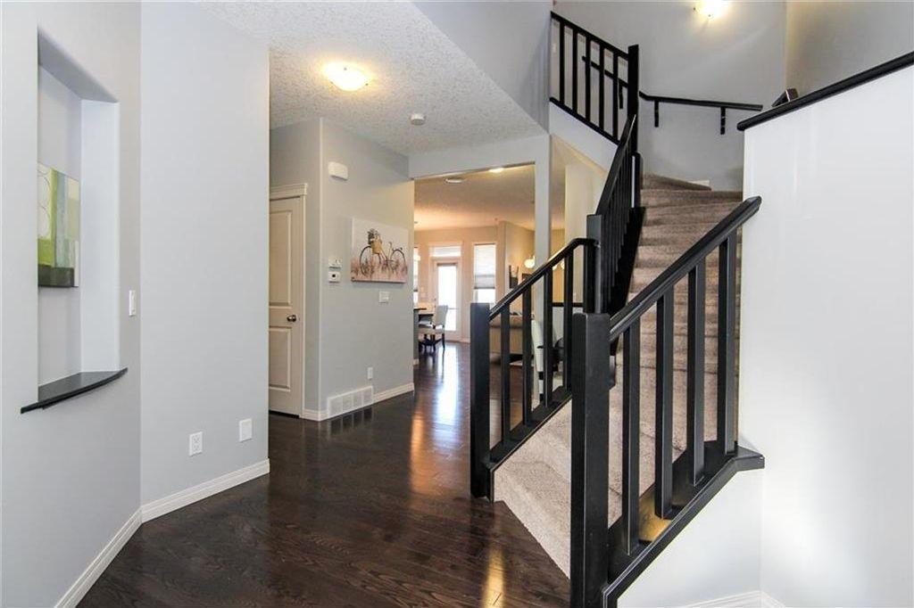 Photo 3: Photos: 92 Mahogany Terrace SE in Calgary: Mahogany House for sale : MLS®# C4143534