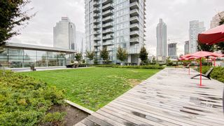 """Photo 18: 2205 4670 ASSEMBLY Way in Burnaby: Metrotown Condo for sale in """"Station Square"""" (Burnaby South)  : MLS®# R2625336"""
