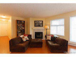 Photo 2: 109 3010 Washington Ave in VICTORIA: Vi Burnside Condo for sale (Victoria)  : MLS®# 651712