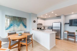 """Photo 7: 1403 989 NELSON Street in Vancouver: Downtown VW Condo for sale in """"THE ELECTRA"""" (Vancouver West)  : MLS®# R2617547"""