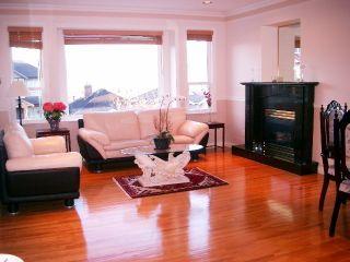 Photo 3: 3040 E 4TH AV in Vancouver: Home for sale : MLS®# V579539