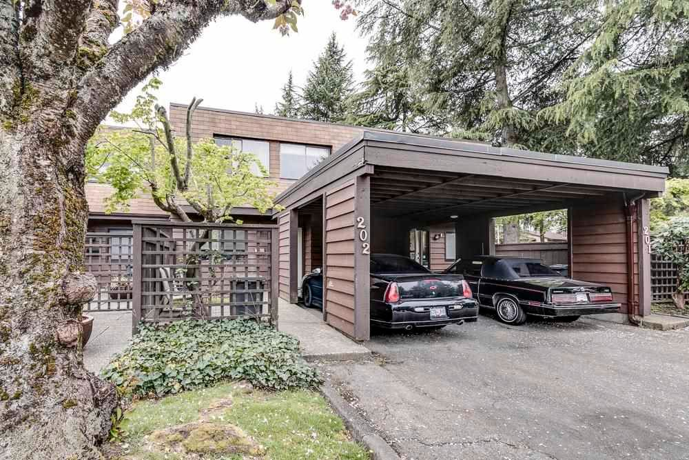 """Main Photo: 222 9462 PRINCE CHARLES Boulevard in Surrey: Queen Mary Park Surrey Townhouse for sale in """"Prince Charles Estates"""" : MLS®# R2594470"""