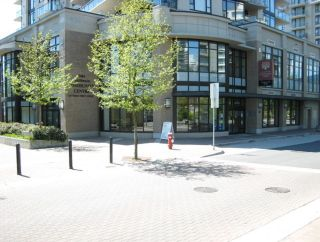"""Photo 34: 1002 170 W 1ST Street in North Vancouver: Lower Lonsdale Condo for sale in """"ONE PARK LANE"""" : MLS®# R2528414"""