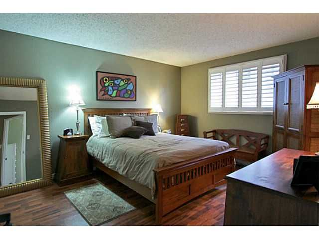 Photo 13: Photos: 5 CAMPFIRE CT in BARRIE: House for sale : MLS®# 1403506