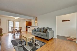 Photo 5: 79 Warwick Drive SW in Calgary: Westgate Detached for sale : MLS®# A1131480