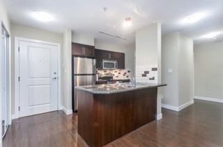 """Photo 3: 107 2468 ATKINS Avenue in Port Coquitlam: Central Pt Coquitlam Condo for sale in """"BORDEAUX"""" : MLS®# R2505239"""