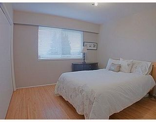 Photo 5: 329 MARATHON Court in Coquitlam: Central Coquitlam Townhouse for sale : MLS®# V759037
