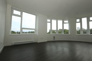 Photo 3: 913 5470 ORMIDALE Street in Vancouver: Collingwood VE Condo for sale (Vancouver East)  : MLS®# R2611619