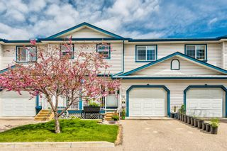 Photo 1: 30 33 Stonegate Drive NW: Airdrie Row/Townhouse for sale : MLS®# A1117438