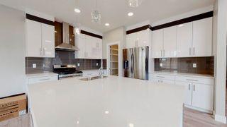 Photo 4: 16107 17 Avenue SW in Edmonton: Zone 56 House for sale : MLS®# E4254712