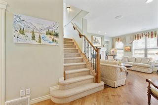 Photo 8: 36 Versailles Gate SW in Calgary: Garrison Woods Row/Townhouse for sale : MLS®# A1098876