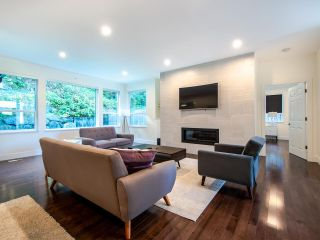 Photo 5: 45962 GURNEY Road: Cultus Lake House for sale : MLS®# R2506781