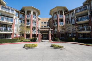 Main Photo: 203 14 E ROYAL Avenue in New Westminster: Fraserview NW Condo for sale : MLS®# R2618179