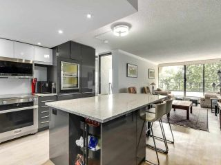 Photo 3: 201 1995 BEACH Avenue in Vancouver: West End VW Condo for sale (Vancouver West)  : MLS®# R2592938