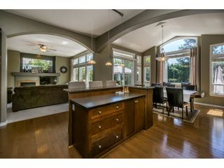 """Photo 10: 14592 58TH Avenue in Surrey: Sullivan Station House for sale in """"Panorama"""" : MLS®# R2101138"""
