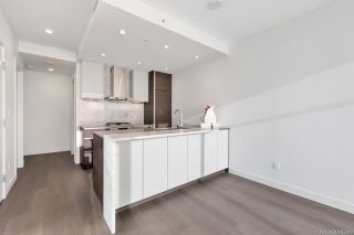 Photo 10: 3501 4670 ASSEMBLY Way in Burnaby: Metrotown Condo for sale (Burnaby South)  : MLS®# R2321179