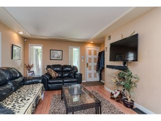 Photo 5: 9316 122 Street in Surrey: Queen Mary Park Surrey House for sale : MLS®# R2475045