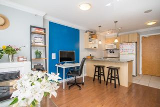 """Photo 7: 607 1155 SEYMOUR Street in Vancouver: Downtown VW Condo for sale in """"The Brava"""" (Vancouver West)  : MLS®# R2581521"""