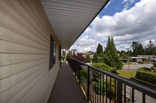 "Photo 8: 208 32110 TIMS Avenue in Abbotsford: Abbotsford West Condo for sale in ""Bristol Court"" : MLS®# R2415687"