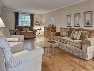 Photo 9: 91 GREENBRIER Crescent in London: South N Residential for sale (South)  : MLS®# 40165293