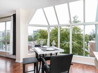 """Photo 10: 502 1508 MARINER Walk in Vancouver: False Creek Condo for sale in """"Mariner Point"""" (Vancouver West)  : MLS®# R2559474"""