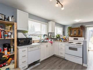 Photo 7: 2261 GALE Avenue in Coquitlam: Central Coquitlam House for sale : MLS®# R2624025