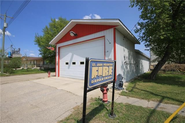 Main Photo: 223 Caron Street in St Jean Baptiste: Industrial / Commercial / Investment for sale (R17)  : MLS®# 1913531