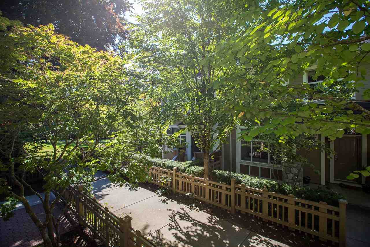 """Photo 34: Photos: 971 WESTBURY Walk in Vancouver: South Cambie Townhouse for sale in """"Churchill Gardens"""" (Vancouver West)  : MLS®# R2488294"""
