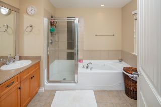 """Photo 26: 7038 181B Street in Surrey: Cloverdale BC House for sale in """"Cloverdale"""" (Cloverdale)  : MLS®# R2574899"""