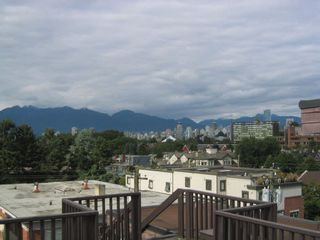 Photo 8: 221 2025 2ND Ave W in Vancouver West: Home for sale : MLS®# V902130
