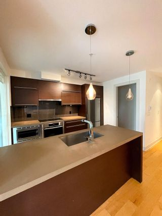 """Photo 19: 304 4463 W 10TH Avenue in Vancouver: Point Grey Condo for sale in """"West Point Grey"""" (Vancouver West)  : MLS®# R2567933"""