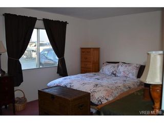 Photo 9: 4 60 Cooper Rd in VICTORIA: VR Glentana Manufactured Home for sale (View Royal)  : MLS®# 753353