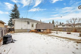 Photo 2: 7604 24 Street SE in Calgary: Ogden Detached for sale : MLS®# A1050500