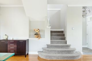 """Photo 9: 1 233 E 6TH Street in North Vancouver: Lower Lonsdale Townhouse for sale in """"ST ANDREWS HOUSE"""" : MLS®# R2023614"""