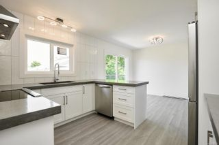 Photo 10: 2408 Amherst Ave in : Si Sidney North-East House for sale (Sidney)  : MLS®# 882907
