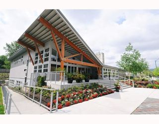 """Photo 2: 309 651 NOOTKA Way in Port Moody: Port Moody Centre Condo for sale in """"SAHALEE"""" : MLS®# V786508"""