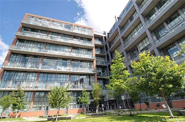 Main Photo: 5 Hanna Ave Unit #405 in Toronto: Niagara Condo for sale (Toronto C01)  : MLS®# C3572052