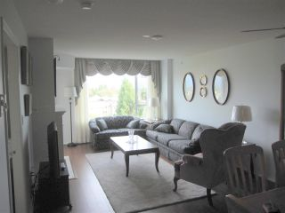 Photo 2: 709 12148 224TH Street in Maple Ridge: East Central Condo for sale : MLS®# V1143376