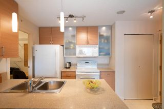 Photo 12: 710 928 HOMER STREET in Vancouver: Yaletown Condo for sale (Vancouver West)  : MLS®# R2429120