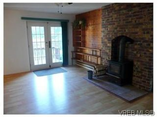 Photo 5: 3218 Clam Bay Rd in PENDER ISLAND: GI Pender Island House for sale (Gulf Islands)  : MLS®# 506053