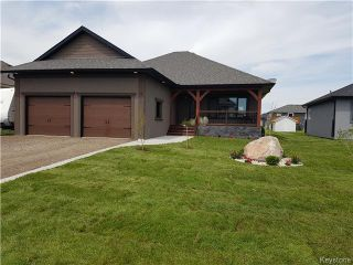 Photo 1: 19 Orchard Hill Drive in Mitchell: Manitoba Other Residential for sale : MLS®# 1608496