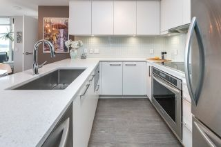 """Photo 15: 1911 668 COLUMBIA Street in New Westminster: Quay Condo for sale in """"Trapp + Holbrook"""" : MLS®# R2622258"""