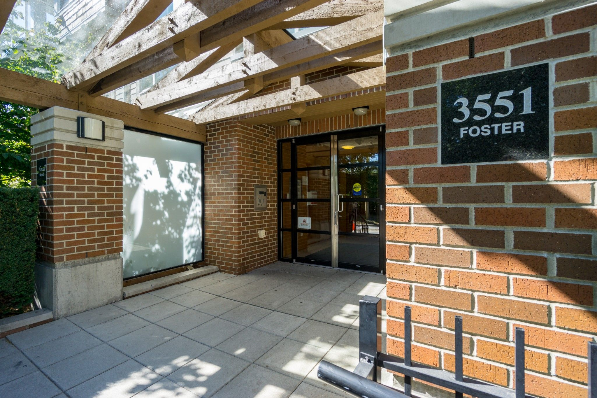 Photo 27: Photos: 208 3551 FOSTER Avenue in Vancouver: Collingwood VE Condo for sale (Vancouver East)  : MLS®# R2291555