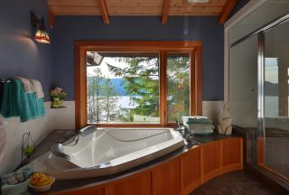 Photo 15: 6067 CORACLE DRIVE in Sechelt: Sechelt District House for sale (Sunshine Coast)  : MLS®# R2434959