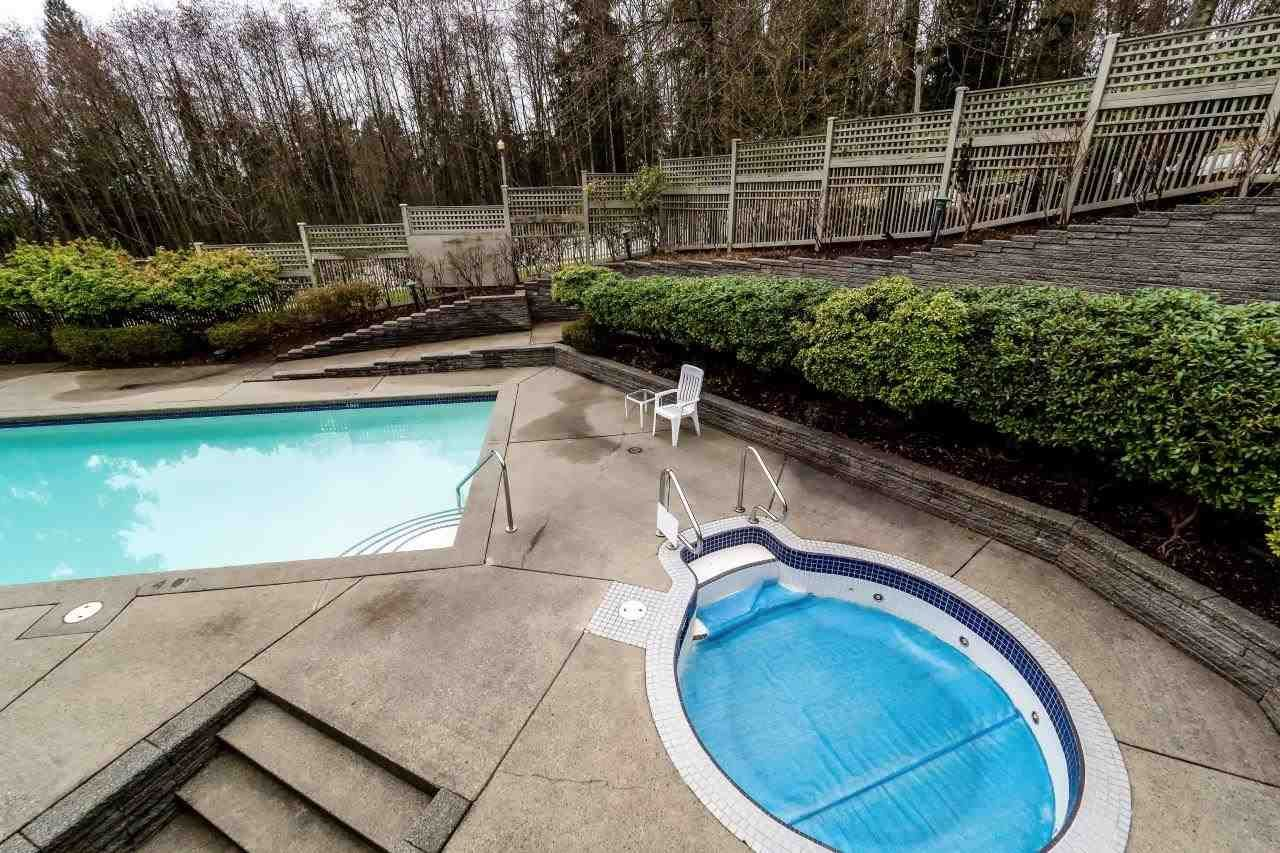 """Photo 18: Photos: 201 1465 PARKWAY Boulevard in Coquitlam: Westwood Plateau Townhouse for sale in """"SILVER OAK"""" : MLS®# R2249659"""