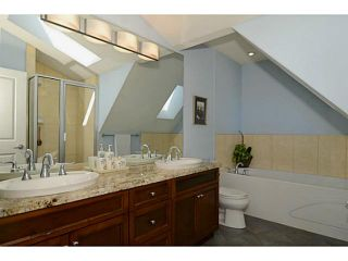 """Photo 7: 692 W 13TH Avenue in Vancouver: Fairview VW Townhouse for sale in """"FAIRVIEW"""" (Vancouver West)  : MLS®# V1005394"""